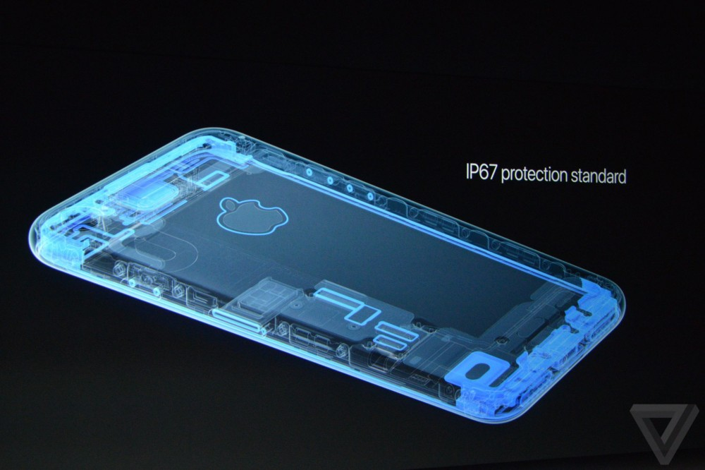 Nhìn lại màn ra mắt iphone 7 09082016 - 5