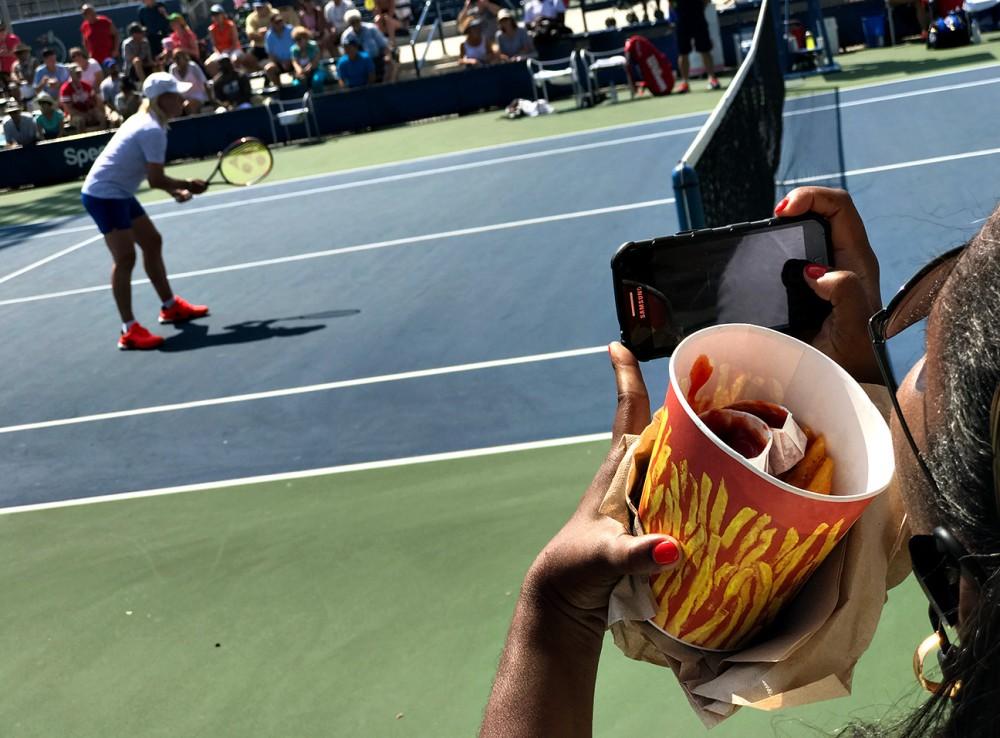 Ảnh chụp bằng iphone 7 plus tại giải tennis us open 2016 bởi landon nordeman - 29