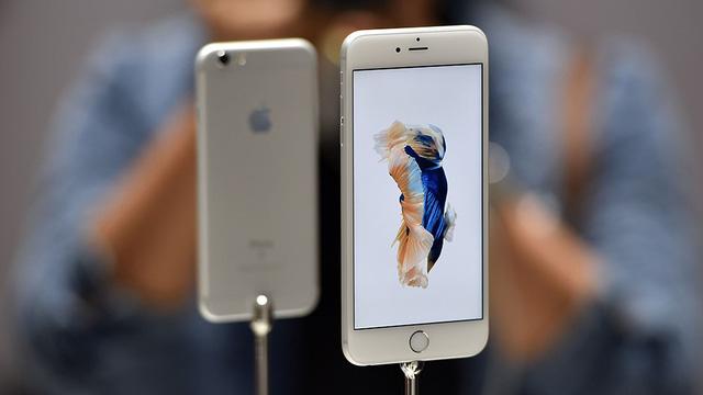 Apple có thể sản xuất iphone tại mỹ mức giá sẽ tăng gấp đôi - 1