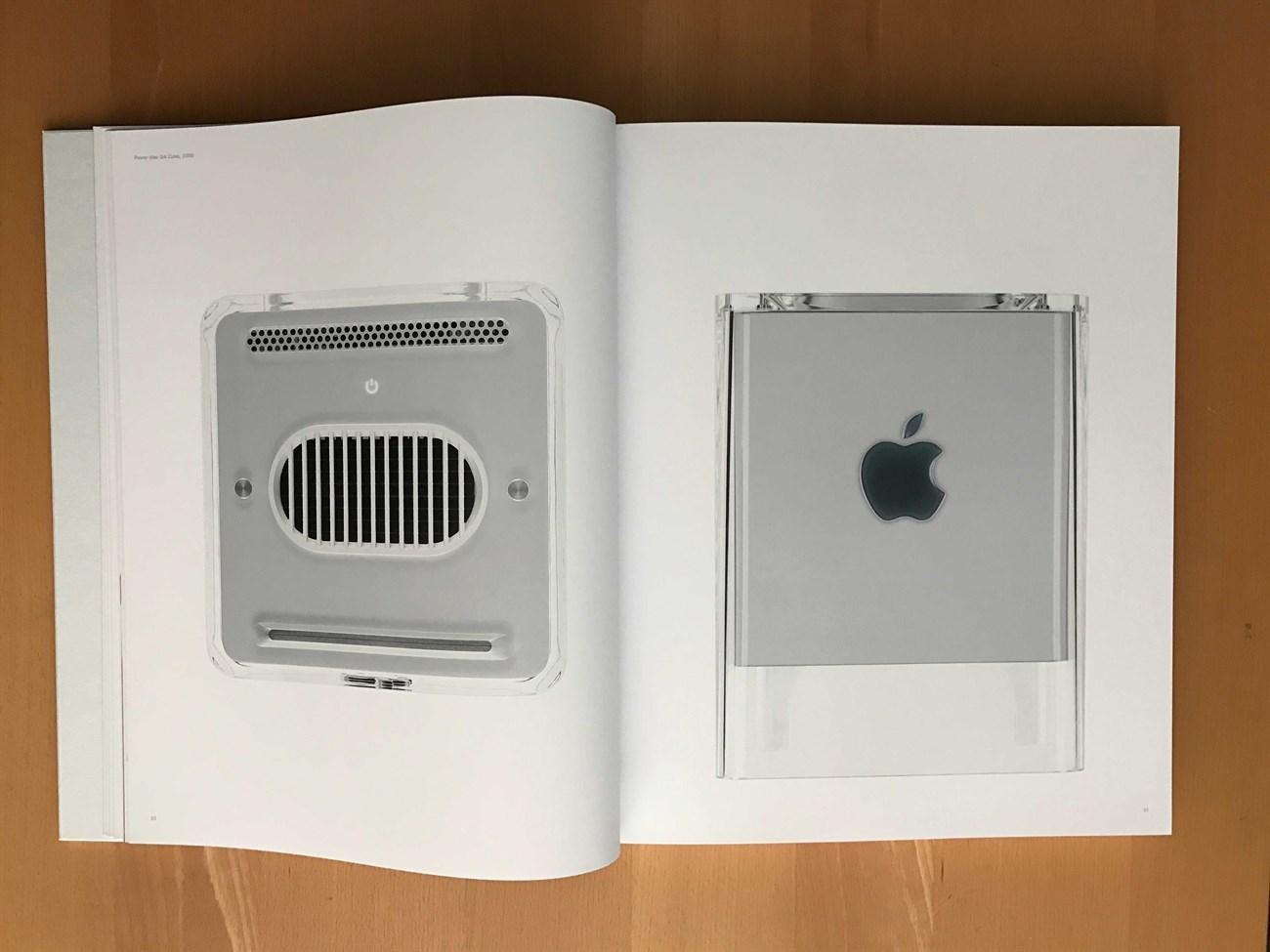Quyển sách hơn 6 triệu của Apple có gì?